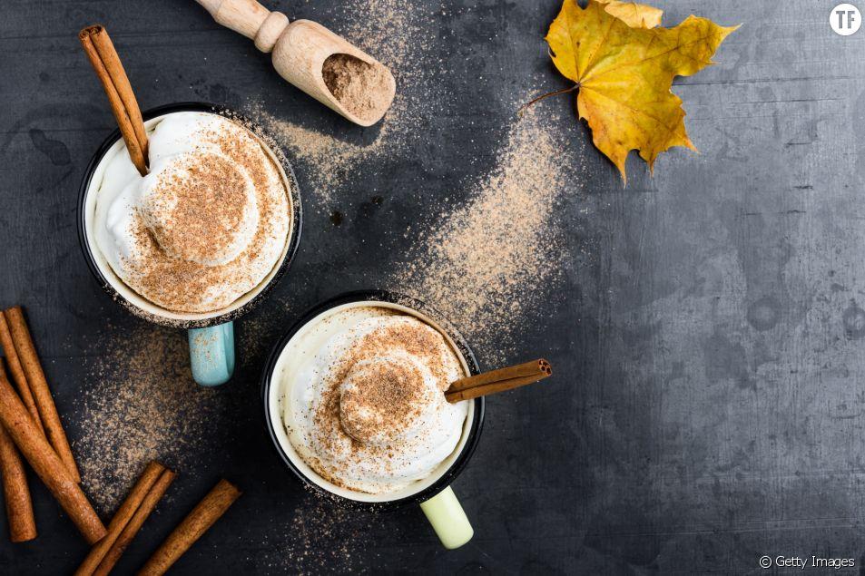 La recette du Cinnamon Dolce Latte maison.