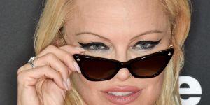 """""""Ce féminisme va trop loin"""" : la sortie réac de Pamela Anderson"""