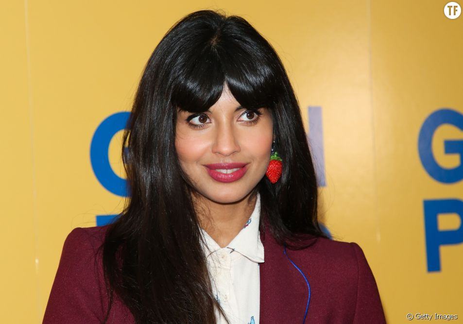 Jameela Jamil l'actrice de The Good Place s'en prend à Photoshop