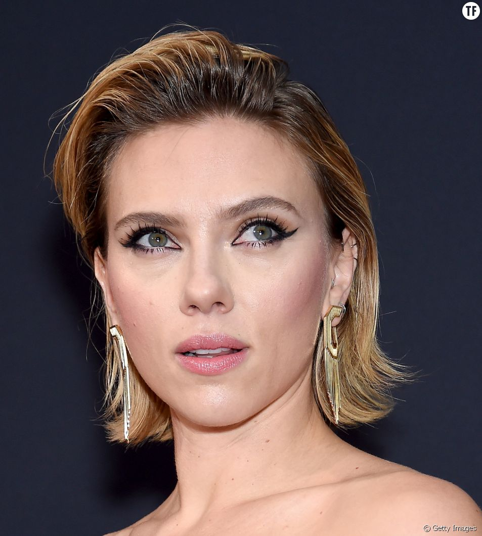 Scarlett Johanson au People Choice Award le 11 novembre