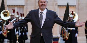 """""""Raciste, homophobe et misogyne"""" : pourquoi la Palme d'honneur à Alain Delon scandalise"""