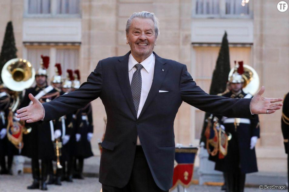 Alain Delon, misogyne et homophone, va recevoir une palme d'or d'honneur à Cannes