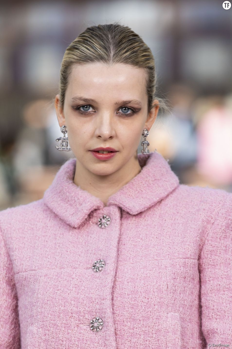 "Greta Bellamacina au défilé ""Chanel Cruise Collection 2020"" le 3 mai 2019"