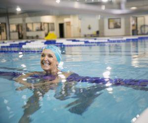A Barcelone, les femmes sont autorisées à se baigner topless dans les piscines