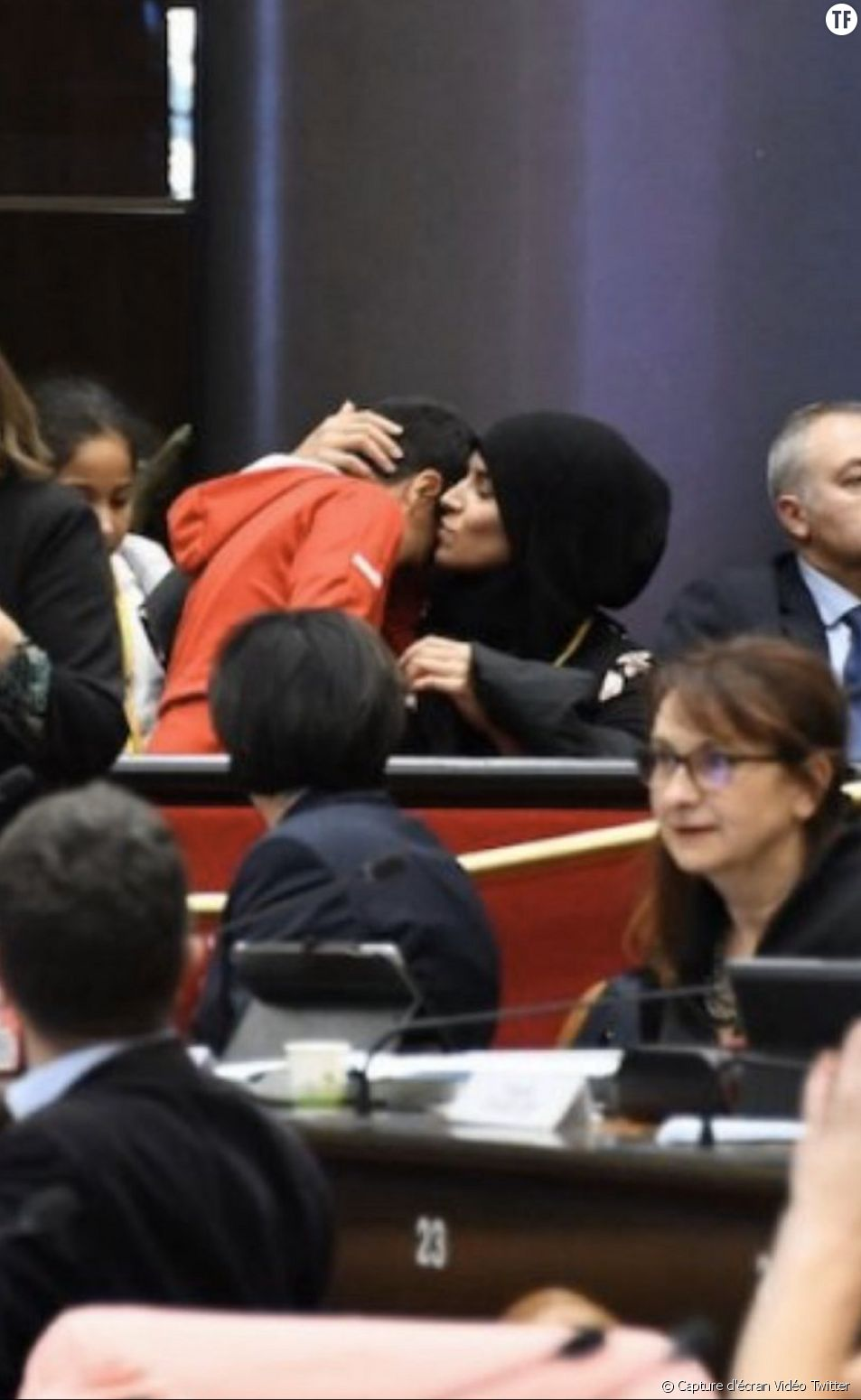 Fatima, mère de famille violemment interpellée.