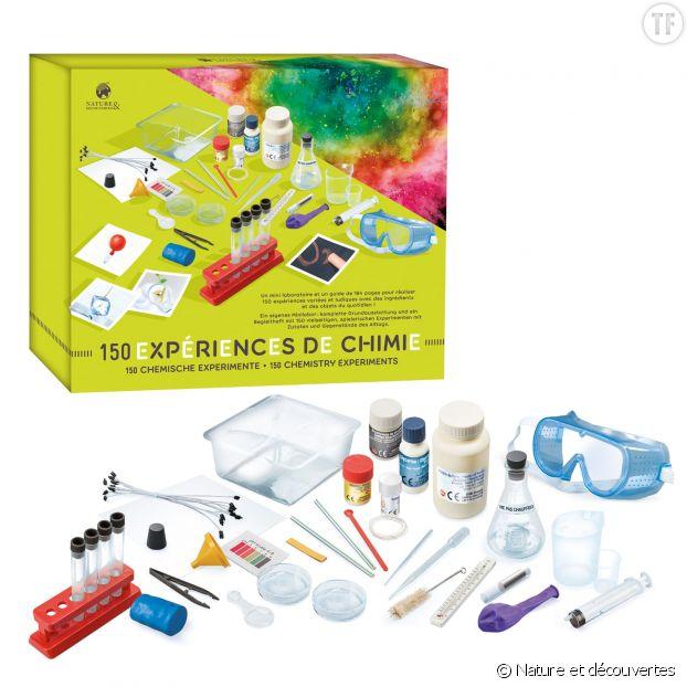 Kit de chimie disponible chez Nature et découvertes