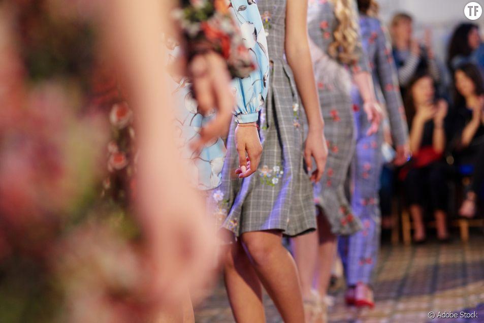 Une école de mode s'excuse après un scandaleux défilé de mode raciste