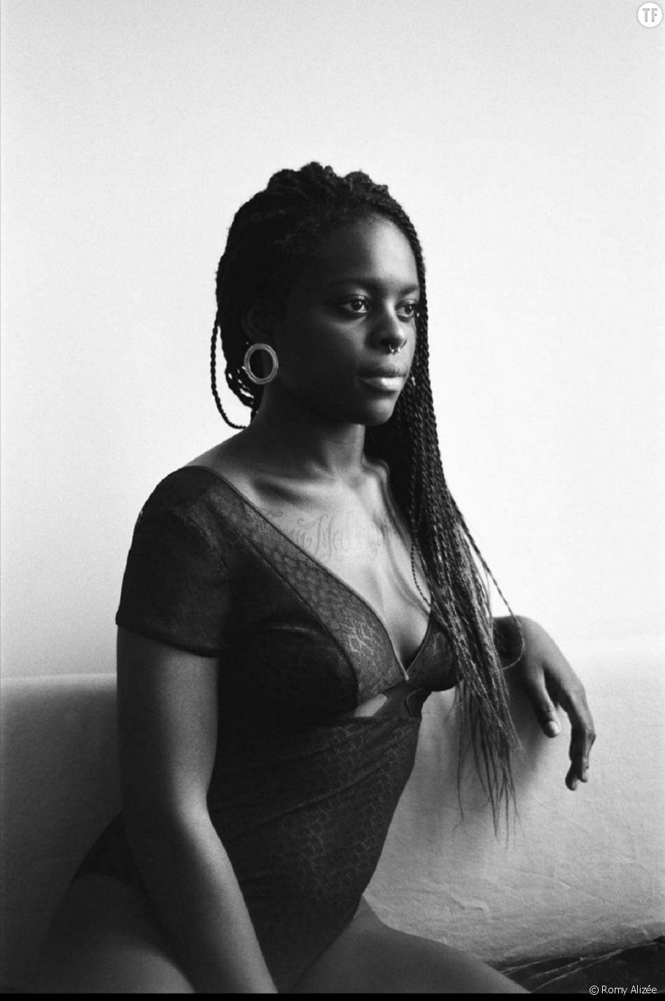 """""""Balance ton corps"""", la manifeste puissant d'une jeune travailleuse du sexe noire."""
