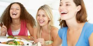 Régime : la perte de poids sourit aux mange-tôt !