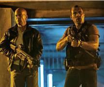 Bruce Willis donne des conseils sur la taxe à 75% - TF1 Replay