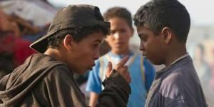 """On a vu """"Les chevaux de Dieu"""" : parcours des enfants kamikazes de Casablanca"""