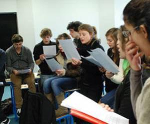 La nouvelle star de la chanson française formée à l'université de Bordeaux ?