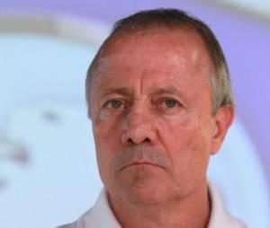 "Sexisme : Bernard Lacombe ne ""discute pas football avec les femmes"""