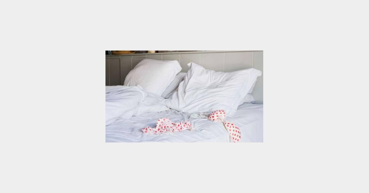 5 conseils aux hommes pour tre meilleurs au lit. Black Bedroom Furniture Sets. Home Design Ideas
