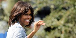 """Lapsus : Michelle Obama, """"mère célibataire"""" ? - vidéo"""