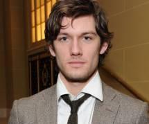 Fifty Shades of Grey : Alex Pettyfer en Christian Grey dans un film de Gus Van Sant ?