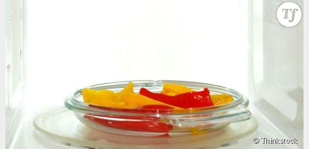 Cuisson au micro-ondes : les aliments conservent-ils leurs qualités nutritionnelles ?