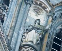 Printemps des pères: des papas divorcés prennent d'assaut la cathédrale d'Orléans