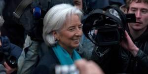 Affaire Tapie : Christine Lagarde doit-elle quitter ses fonctions au FMI ?