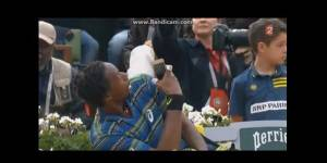 Roland-Garros 2013 : Gaël Monfils joue les stars et filme le public - Vidéo