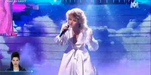 Un air de star : Delphine Chanéac en Bonnie Tyler – Vidéo M6 Replay