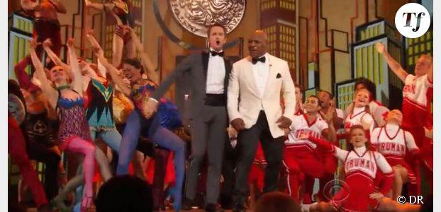 Tony Awards 2013 : Neil Patrick Harris danse avec Mike Tyson - Vidéo