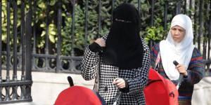 Agressions de femmes voilées : le nouveau visage de l'islamophobie ?