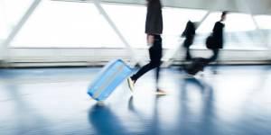 Premier travail : les jeunes diplômés partent de plus en plus à l'étranger