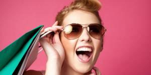 Soldes d'été : les femmes blondes plus accros que les brunes