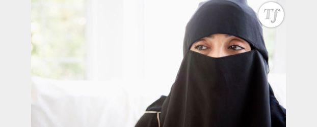 Voile : Une femme en niqab défie la loi pour prendre le train