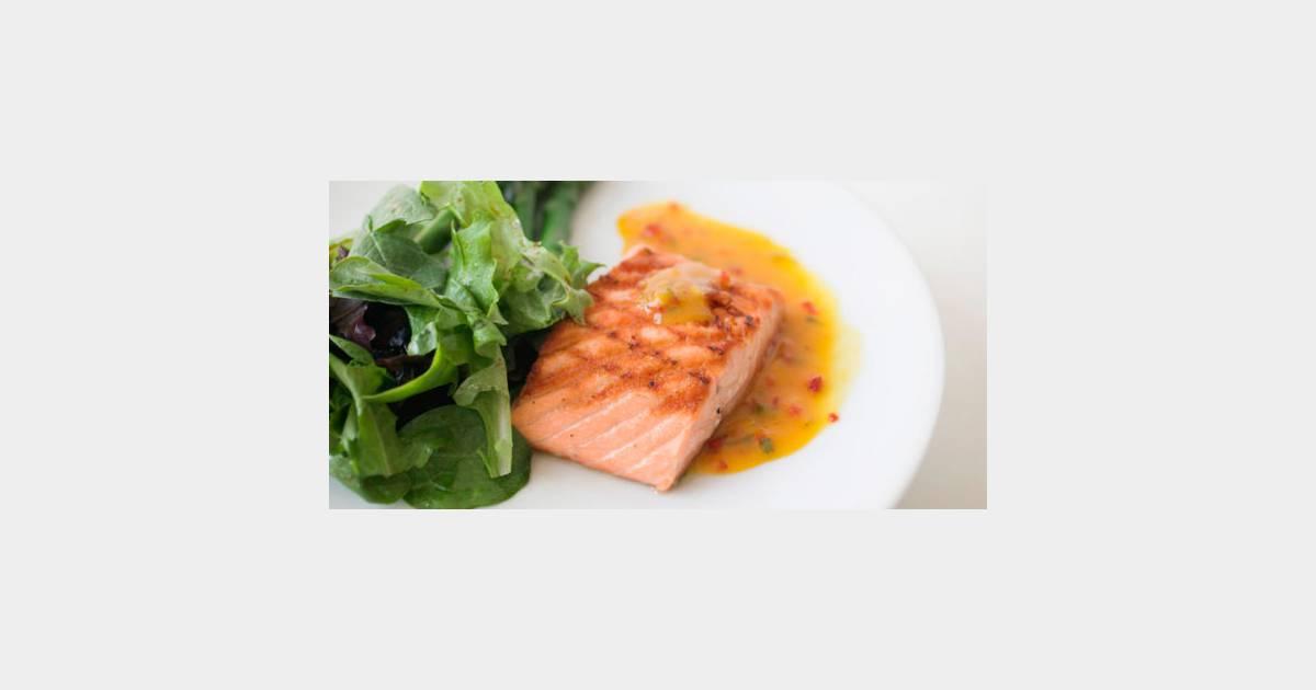 Il faut manger du poisson deux fois par semaine maximum for Manger pour poisson