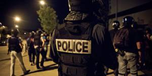 Trappes : des policiers dérapent sur un forum Facebook