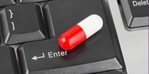 Pharmacie en ligne : comment repérer les arnaques de vente de médicaments ?