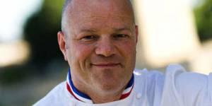 """M6 - """"Cauchemar en cuisine"""" : qui est le chef Philippe Etchebest ?"""