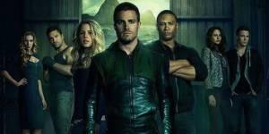 Arrow Saison 2 : Stephen Amell se dévoile sur une nouvelle affiche