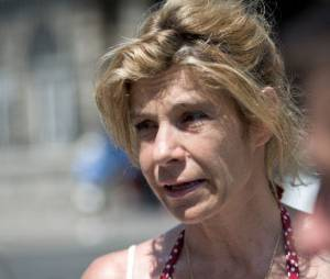 """Frigide Barjot appelle aux dons pour sa """"survie"""" (et ses vacances)"""