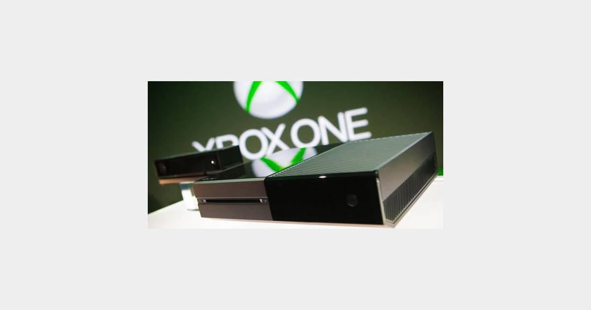 Xbox one la premi re console est gard e par des requins for Deco xbox one