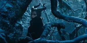 """Angelina Jolie joue les grandes méchantes dans """"Maléfique"""" (Vidéo)"""