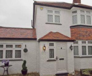 À vendre : maison violette du sol au plafond - photos