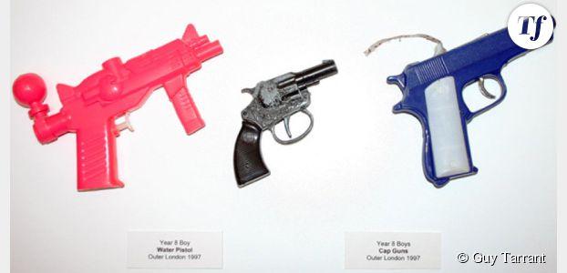 """""""Confiscation cabinets"""" : 15 ans d'objets confisqués par le professeur Guy Tarrant"""
