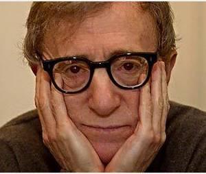 Woody Allen a peut-être confirmé la grossesse de Carla Bruni-Sarkozy