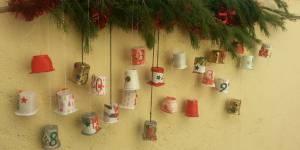 Noël 2013 : fabriquer un calendrier de l'avent avec des pots de yaourt - DIY