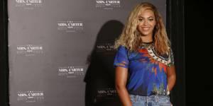 Beyoncé dévoile son album surprise sur iTunes - vidéo