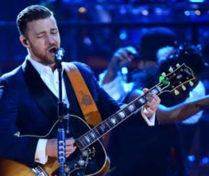 Justin Timberlake interrompt son concert pour une demande en mariage