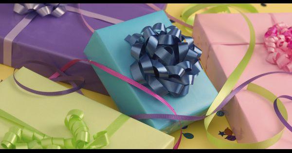 no l 2013 comment faire ses emballages papier cadeau. Black Bedroom Furniture Sets. Home Design Ideas