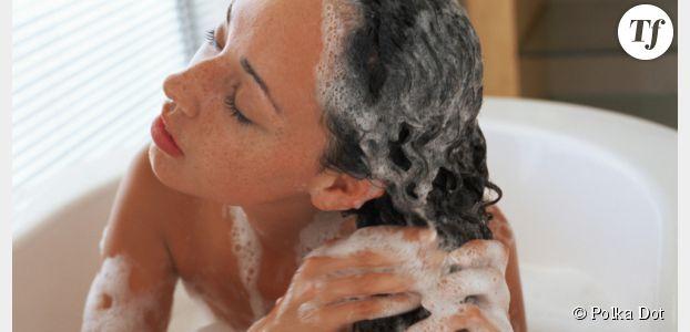 Shampoing : la meilleure façon de se laver les cheveux en cinq points