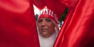 La Tunisie, 1er pays arabe à inscrire l'égalité hommes-femmes dans sa Constitution