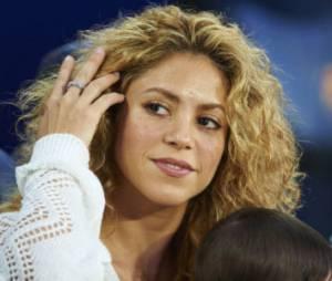 Piqué craque pour les formes de Shakira