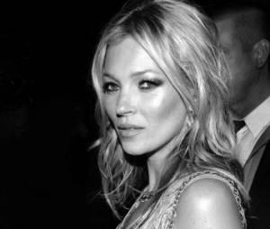 """Kate Moss a 40 ans : pourquoi """"la brindille"""" fait encore et toujours rêver"""