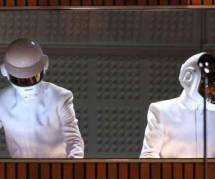 Daft Punk sans casque dans le public des Grammy ? La fausse rumeur...